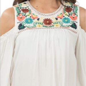 Tops - Ivory cold shoulder embroidered fashion top